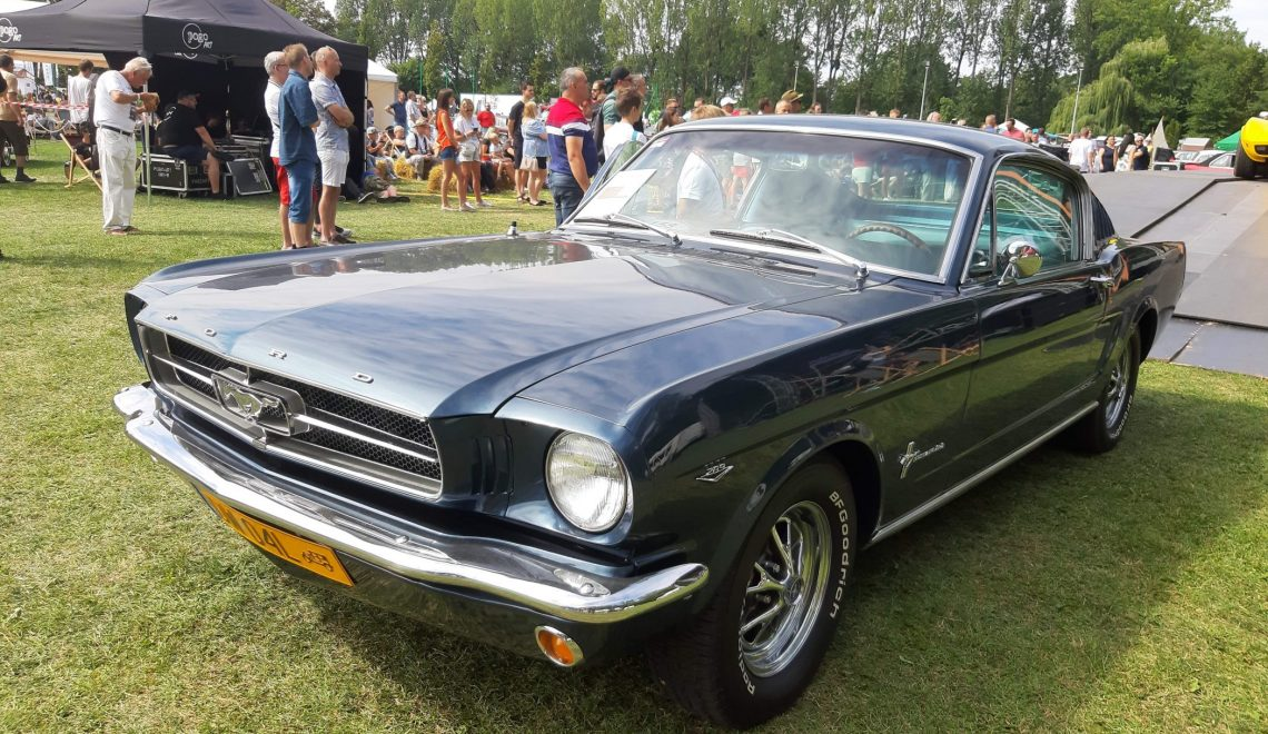 Historia nazwy modelu: Ford Mustang Fastback