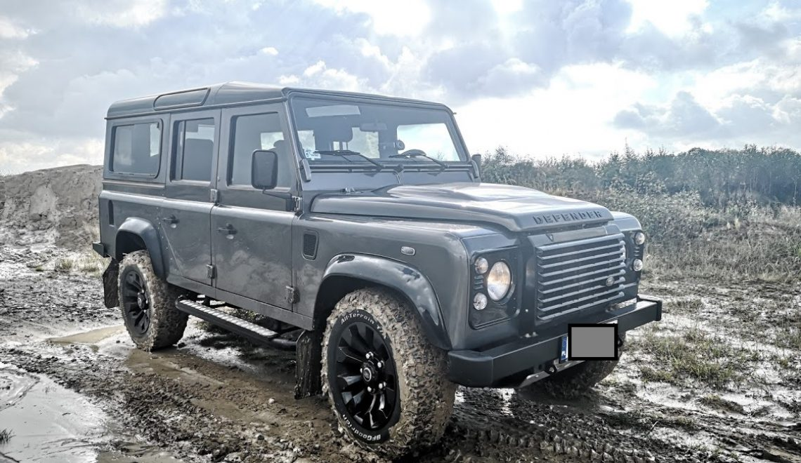 For sale: Land Rover Defender Black Pack 2016