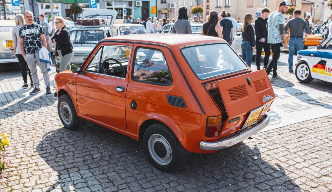 Maskotka Lubawy: Fiat 126p