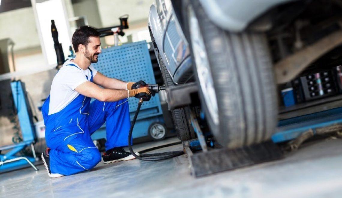 Klucze udarowe pneumatyczne i szlifierki oscylacyjne – czyli wpływ jakościowych narzędzi na komfort pracy