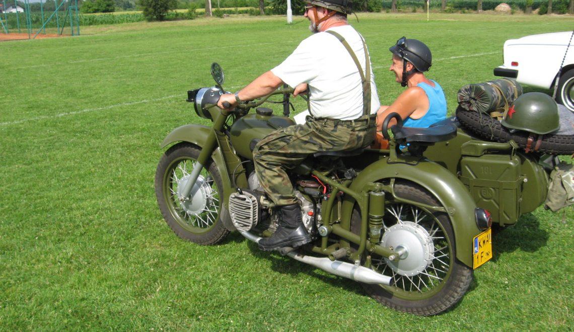 Motocykl wojskowy MW 750M z wózkiem bocznym, 1975